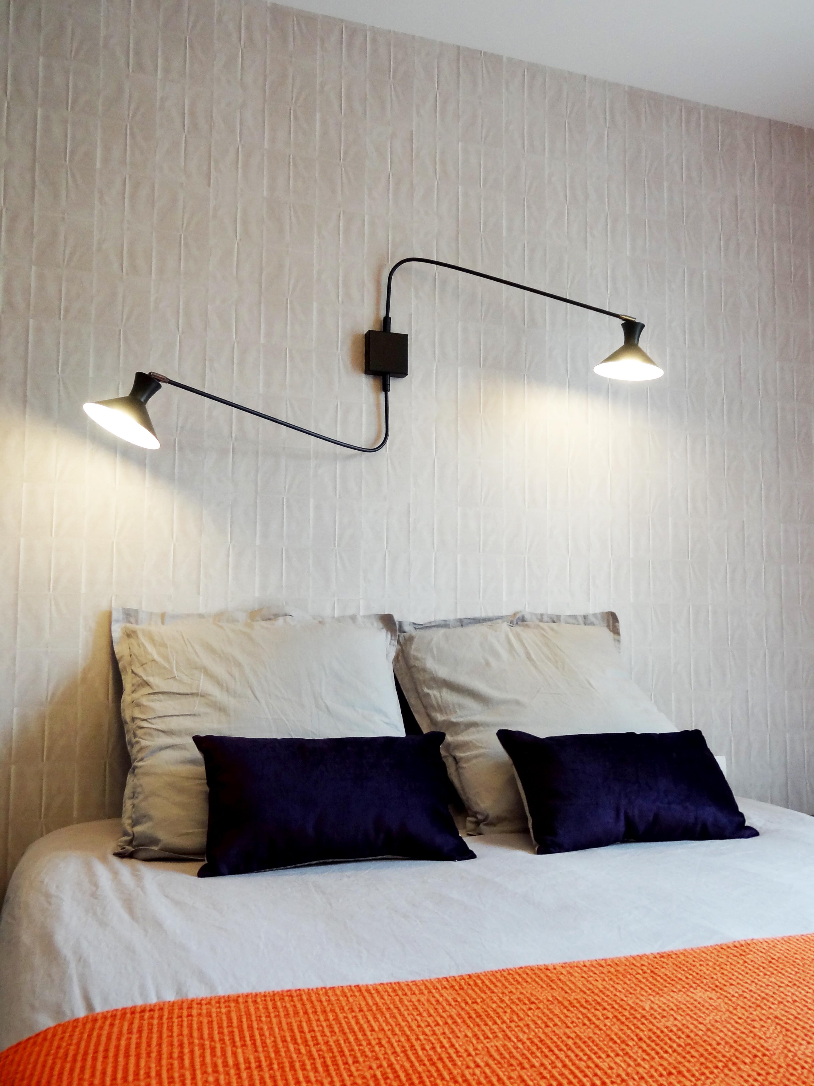 agrandissement par catherine plumet interior design. Black Bedroom Furniture Sets. Home Design Ideas